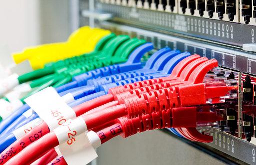 diplom it ru Диплом разработка локальной сети для агентства  По мере развития новый информационных технологий и перевода практически всех отраслей производства и бизнеса в автоматизированные системы и процессы